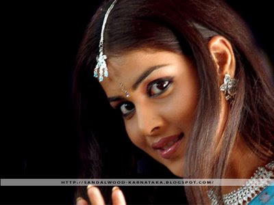 genelia wallpapers. Kannada Heroins Walls