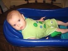 Frog Bath Luve