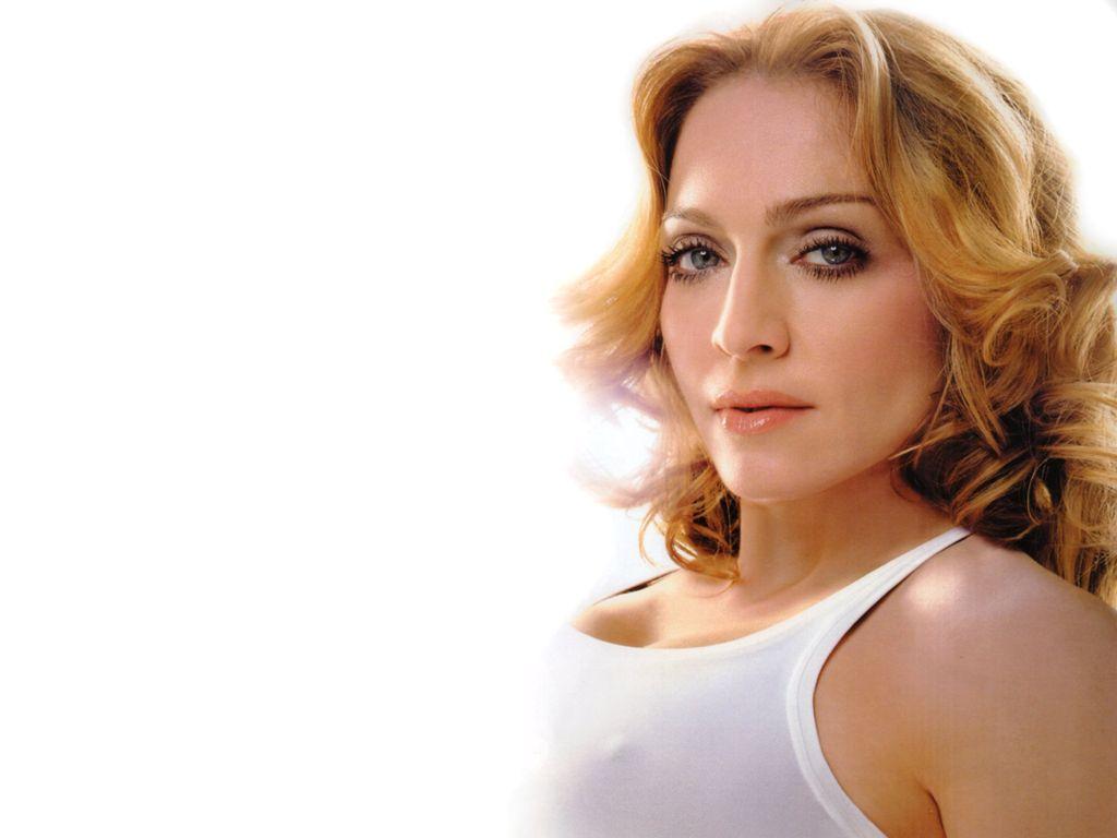 http://3.bp.blogspot.com/_8gn2-Qx_Mkg/TBEbEo6dIMI/AAAAAAAAA7g/k80AqSjtdYQ/s1600/Madonna-11.JPG