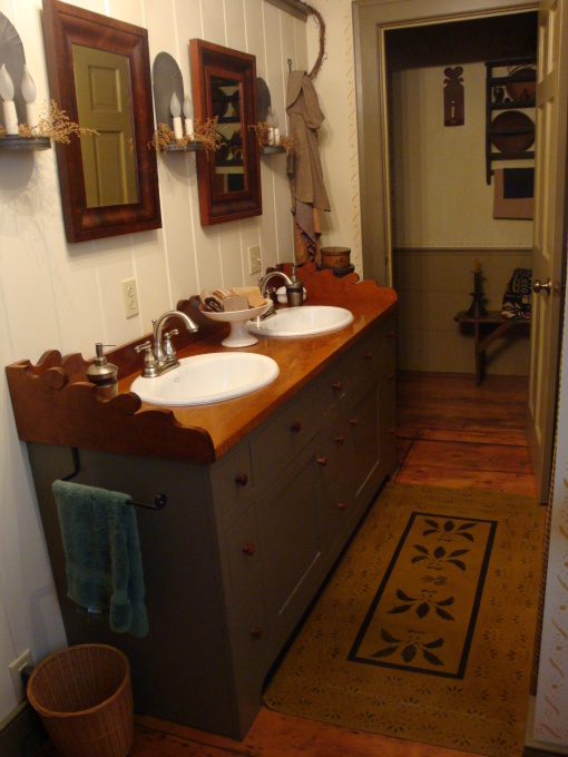 olde spoon river homestead primitive bathroom