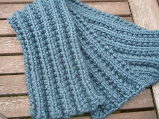53 Free Scarf Knitting Patterns | FaveCrafts.com