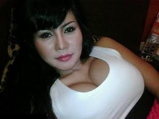 Artis Indo on House Horny  Toket Gede Artis Indonesia Novita