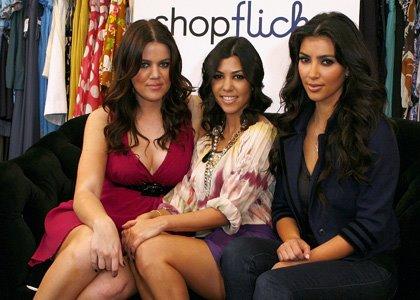 http://3.bp.blogspot.com/_8mBxt1gK6h8/SbAGP219KwI/AAAAAAAAL4o/XE3lmsKFEVI/s400/kim-kardashian-shopflick.jpg