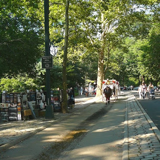 Hansom carriage path in Central Park, New York City