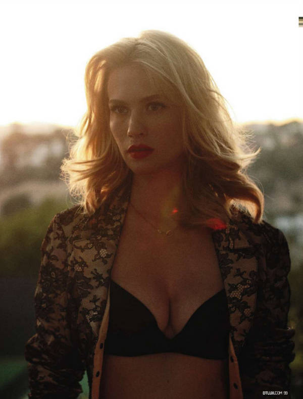 january jones hot. January Jones Hot Cleavage
