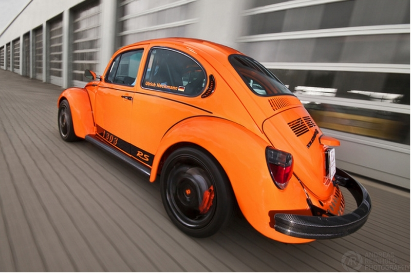 Escarabajo Por Fuera Boxster Por Dentro besides 4614203157 also Viewtopic besides File 1961 Volkswagen Beetle Engine  3544082602 also 5981854251. on custom vw super beetle