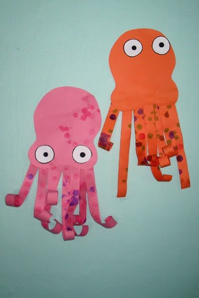 give your octopus a paintbrush or 8 paper octopus