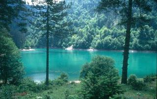 Aşağıda abant gölü hakkında önemli bilgiler yer almaktadır