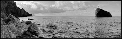 Яшмовый пляж, скала Святого Георгия: