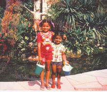 Eu e a minha maninha... há uns bons anitos!!!
