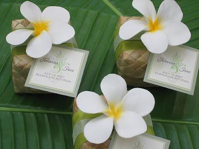 Hawaiian Wedding Favor Boxes : Hawaiian Weddings, Lauhala Boxes, Hawaiian Wedding Favors, Plumerias ...
