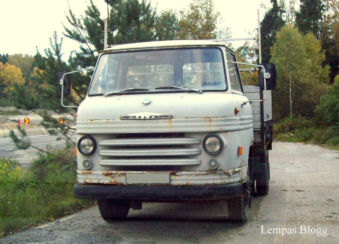 Lempas Blogg Vespor Bussar Lastbil Och En 246 Vergiven Katt