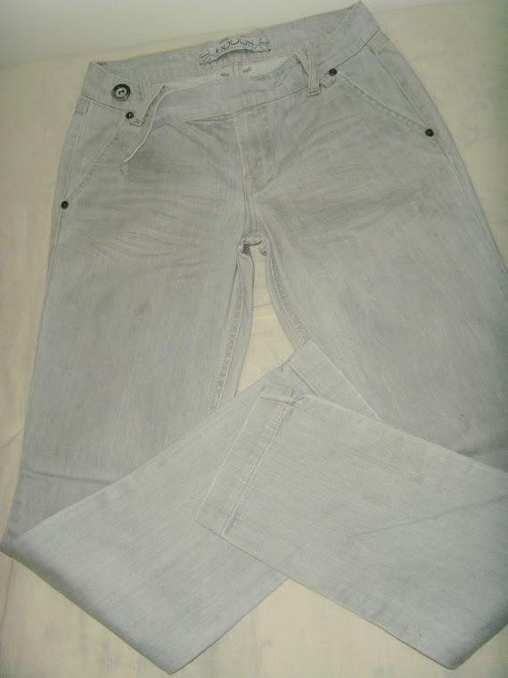 Calça Equus - jeans claro justa por inteiro - Tam 38.