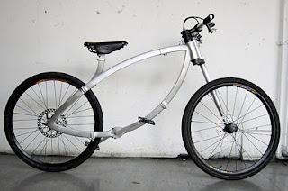 bike 415x275%5B1%5D Bicicleta Contorcionista