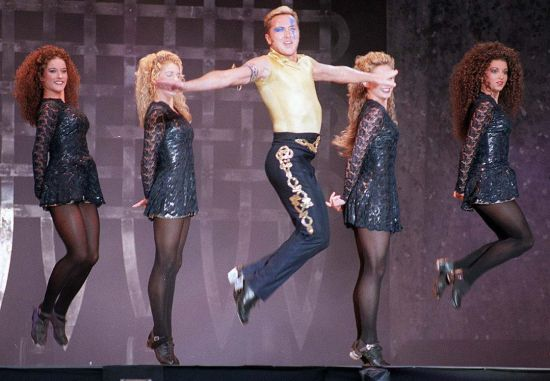 MICHAEL FLATLEY DANCING