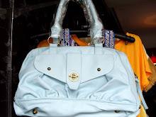 A 1052 - Blue bag