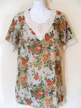 A 1171 - Floral lace top, fits size S,M