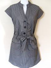 A 1182 - Checked dress, fits size S,M