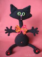 tamborēts kaķis,melns kaķis,lofonsa