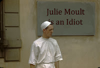 Julie Moult Idiot