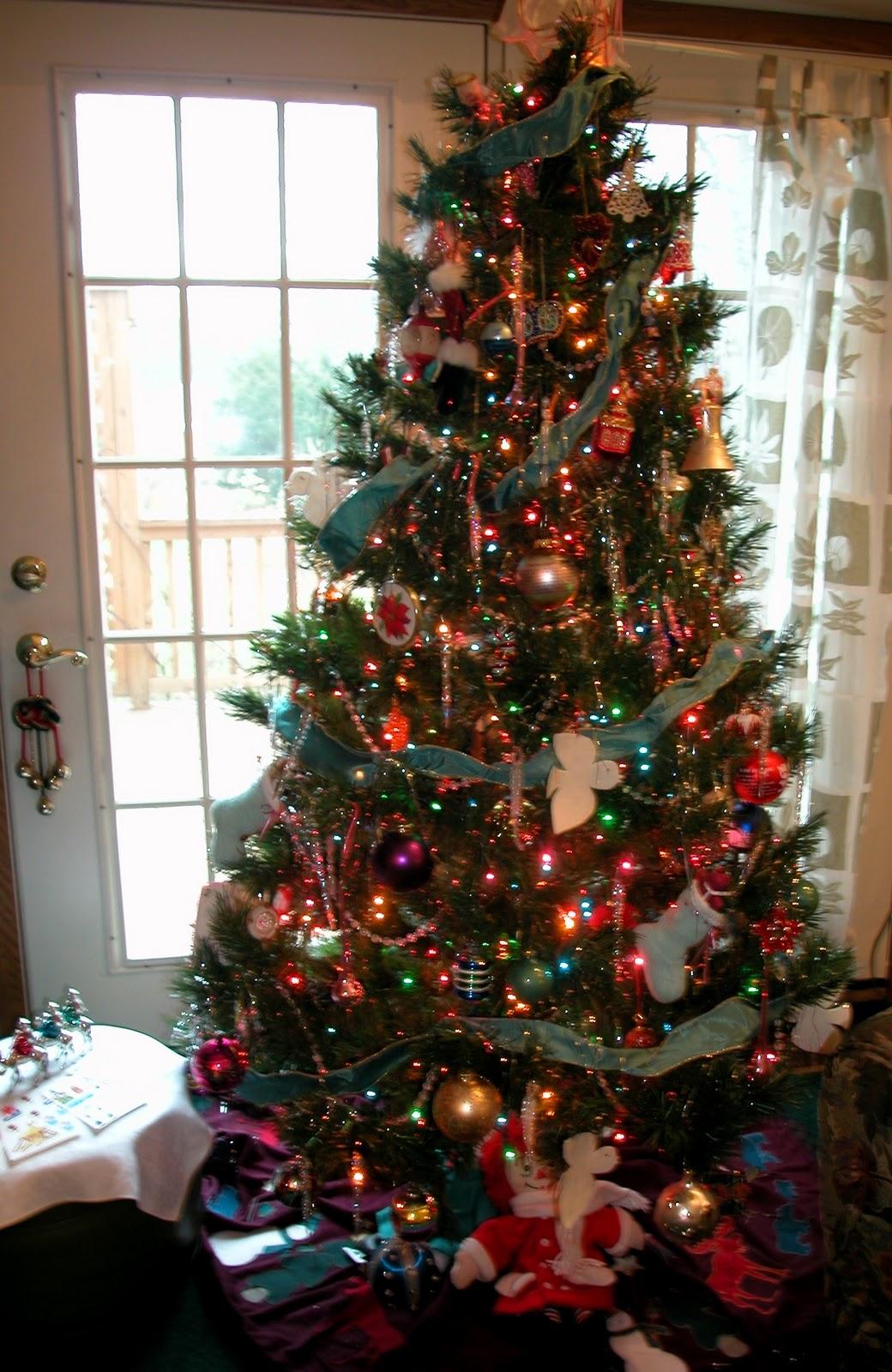 Christmas Tree Flower Power : Power of the flower christmas trees go towards light