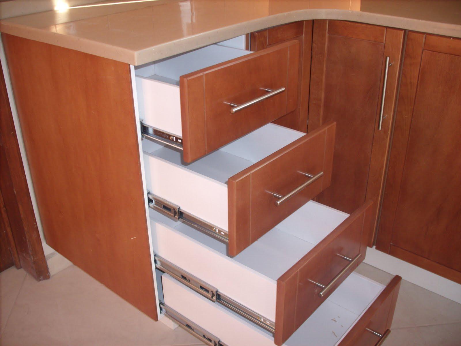 Heynez cocinas modernas cocina con superficie solida heynez for Superficie cocina