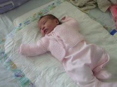 Yeni doğmuş bebek hırkası