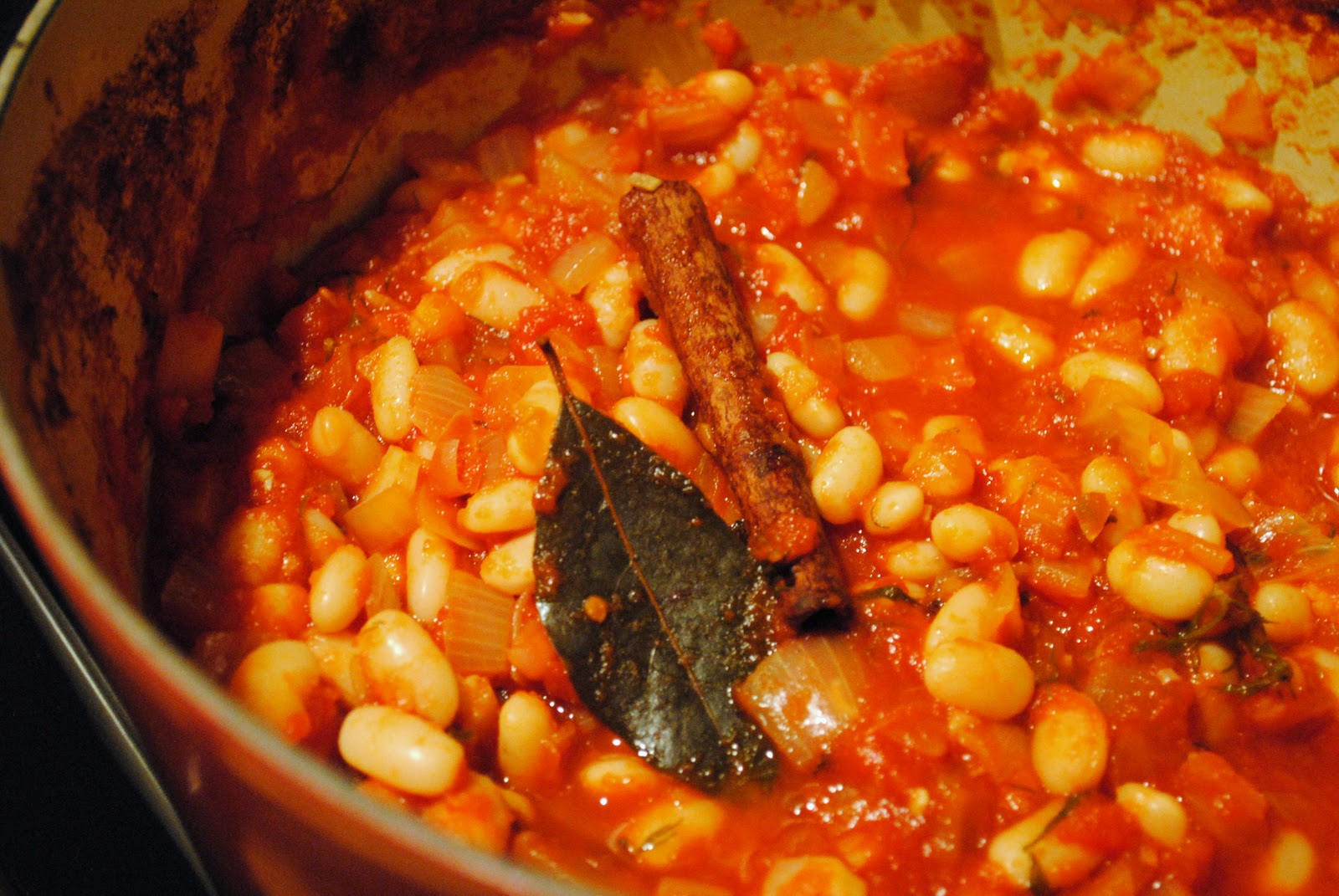 Greek Spiced Tomato Stewed Beans