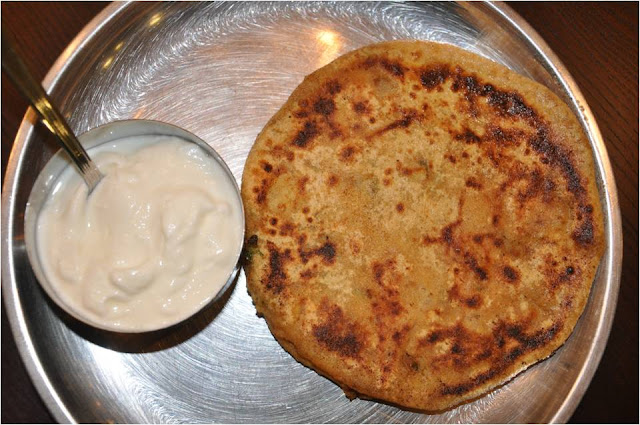 Mharo rajasthans recipes rajasthan a state in western india aloo potatoes 4 medium ones onions 15 cups finely chopped ginger 1 inch piece grated garlic 4 big cloves grated or crushed forumfinder Image collections