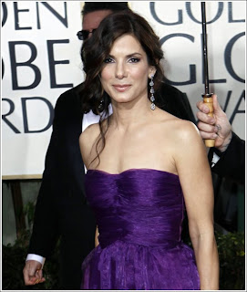 Sandra Bullock Hairstyle and Makeup