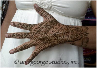 henna tattoo back hand pattern