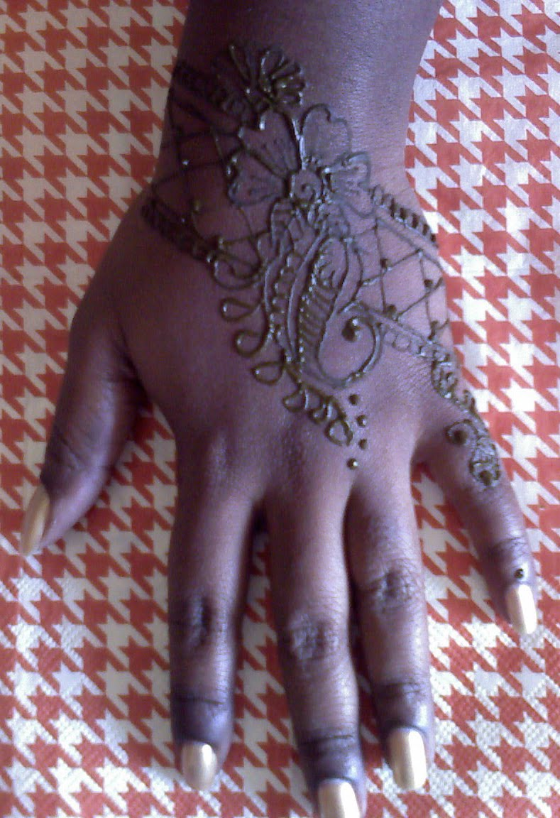 This is not black design henna