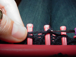 Provo Craft Knifty Knitter Looms - HubPages