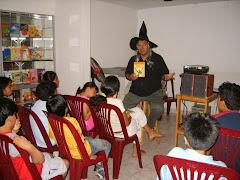 Las brujas son seres comunes y corrientes que pueden estar en el lugar que menos lo esperas...