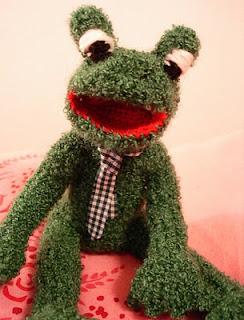 Sigi Strickt Frosch Mit Krawatte