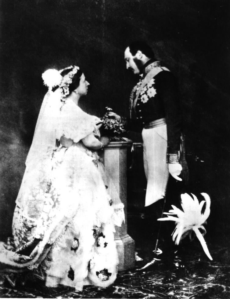 queen victoria albert wedding dress marriage