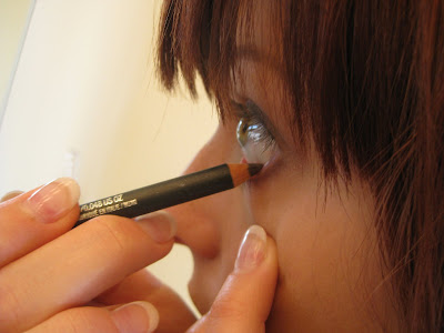 How To Apply Eyeliner Lower Lid. Then I apply Prunella to the