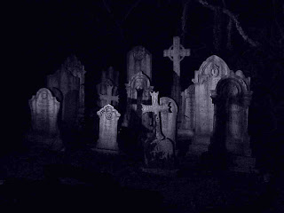 Download Spooky Graveyard Halloween Wallpaper