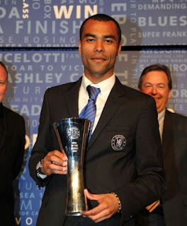 ashley cole wins the goal of the season award