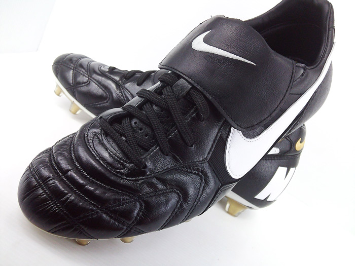 Fast forward, since 1994 the Tiempo series has evolved with the game of  soccer. In this day in age players need every advantage they can get on the  pitch, ...
