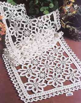 مفرش doily pinterest patterns crochet table   كروشيه runner بالباترون  rectangle مستطيل