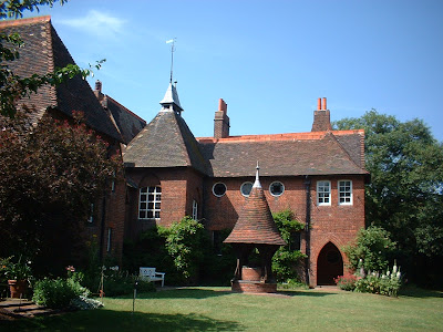 William 20Morris together with 5 Wel ing Timber Frame Entrances as well 2932275 as well 809054 as well Groupblue3 blogspot. on by philip webb red house