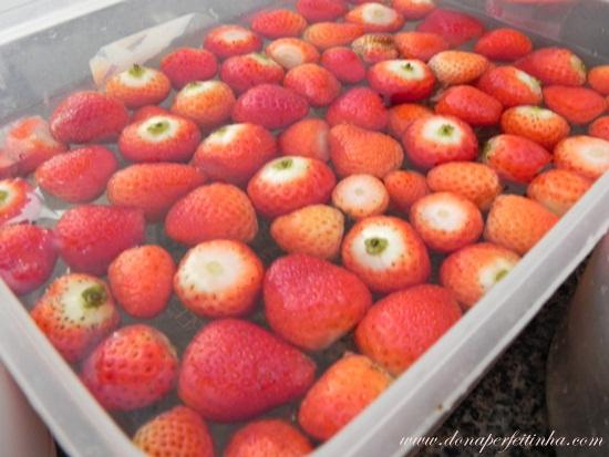 Torta de chantily com morangos
