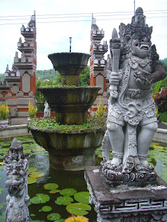 bali mountain buddhist temple