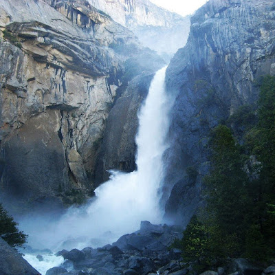 Yosemite Waterfall download free wallpapers backgrounds for Apple iPad