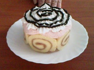 Mini tortica od rolata i banana recepti za kolače i torte
