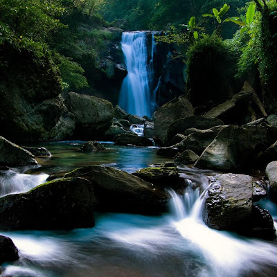Beautiful waterfall download free wallpapers backgrounds for Apple iPad