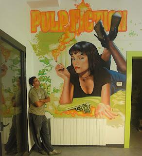 Berok graffiti mural profesional en barcelona diciembre 2010 for Murales en paredes interiores