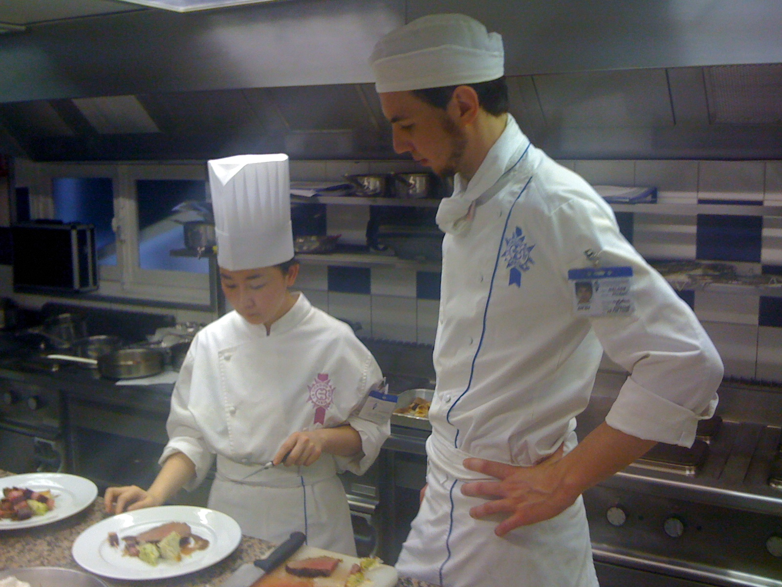 Sjoerd at le cordon bleu paris superior cuisine 2010 la petite chef not bad at all - Recherche chef de cuisine paris ...