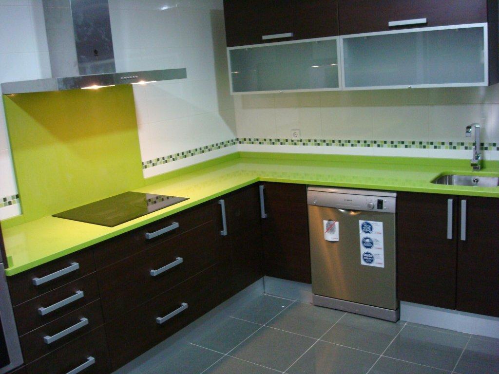 Dise o y decoraci n de cocinas todo lo que hay que saber - Medidas de los muebles de cocina ...